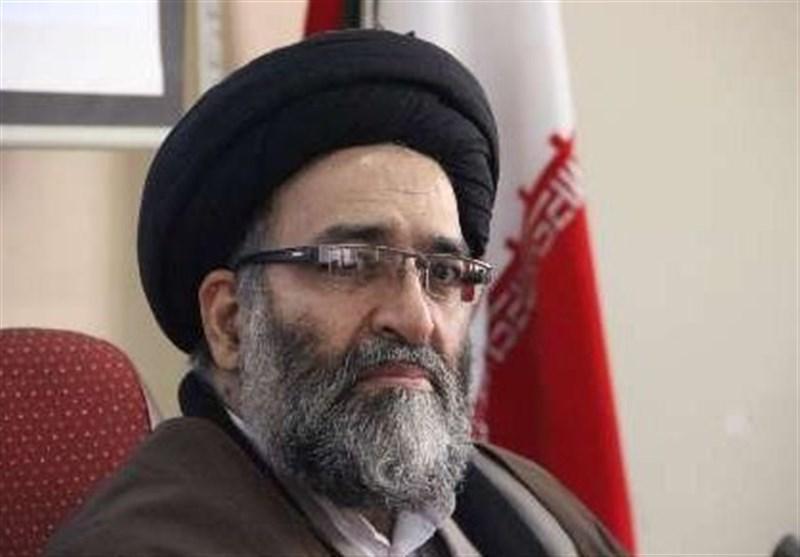 مزدوران استکبار نمیتوانند در برابر انقلاب اسلامی مانعی ایجاد کنند