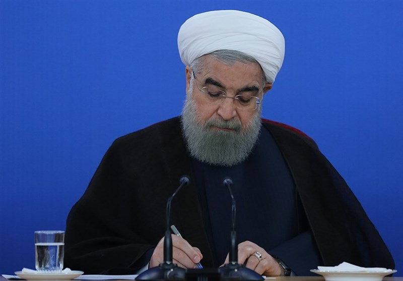 Iranian President Makes Donation for Release of Needy Inmates