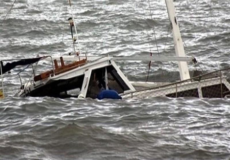 اطلاعی از سرنوشت 2 سرنشین گیلانی شناور غرق شده در دست نیست