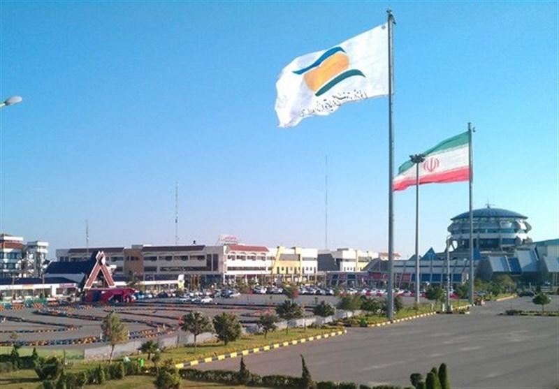 گیلان| 900 هزار ماسک و 80 هزار دست لباس برای مقابله با کرونا در منطقه آزاد انزلی تولید شد