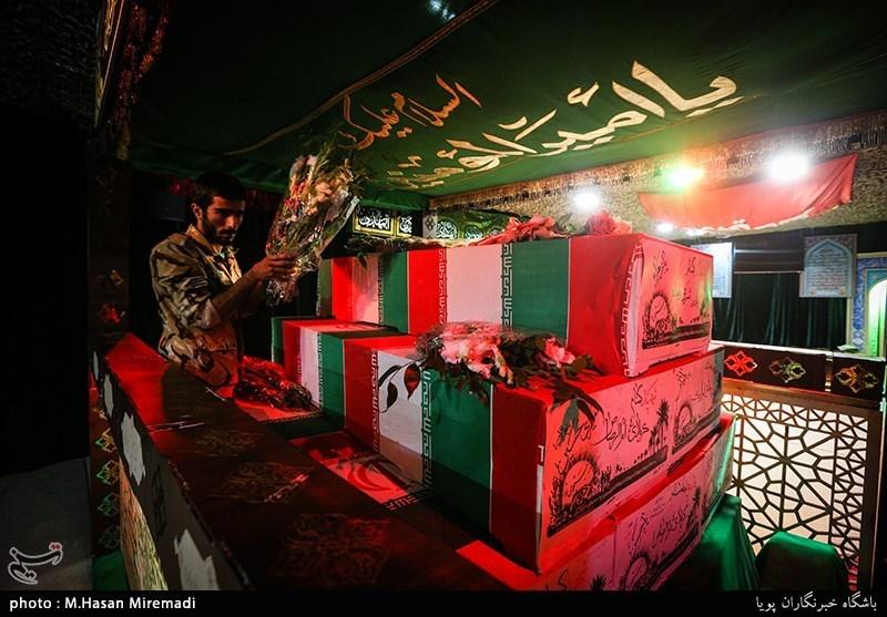 پیکر چهار شهید غئاص در معراج شهدا