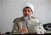 رهبر انقلاب روزانه چند ساعت کار میکنند؟/ حیرت فرماندهان نیروهای مسلح از تسلط آیت الله خامنهای بر مسائل نظامی