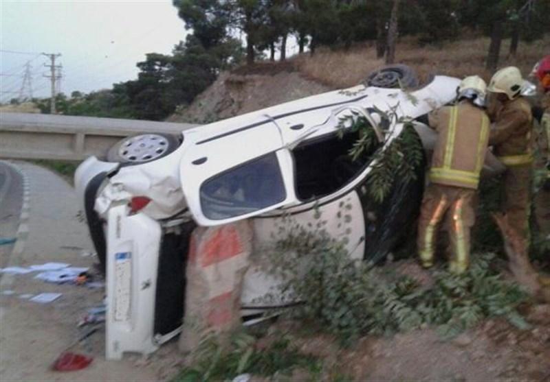 تصادف 206 با تیر چراغ برق