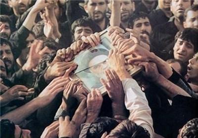 تصاویر کمتر دیده شده از مراسم ارتحال امام (ره)