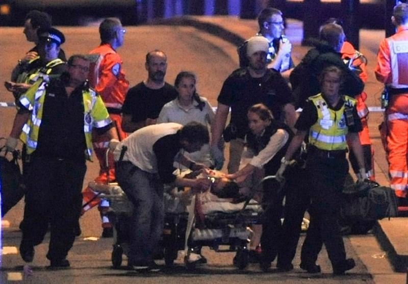 6 Killed as Militants Plough Van into Crowd on London Bridge, Stab Others