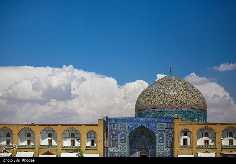 Sheikh Lotfollah Mosque: A Spectacular Historical Monument in Isfahan, Iran