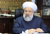 الإمام الخمینی بثورته الإسلامیة برهن للعالم أن الإسلام دین یصلح لکل زمان