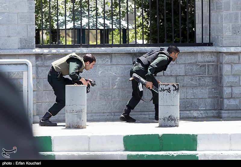 روایت نمایندهای که امروز با «کلت» به تروریستها شلیک کرد