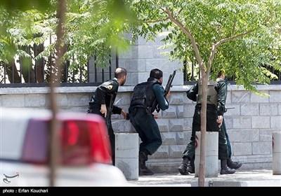 بالصور.. التصدی للهجوم الارهابی على مجلس الشورى الإسلامی