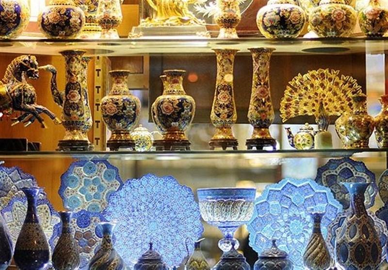 تکذیب شایعه فروش صنایع دستی چینی با برند ایرانی در میدان امام(ره) اصفهان
