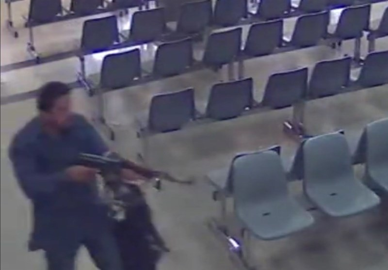 فیلم دوربینهای مداربسته از لحظه اولین درگیری تروریستها در مجلس