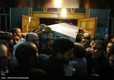 وداع با پیکر شهید جواد تیموری
