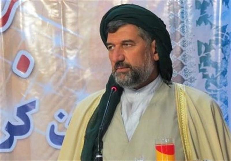 ماموستا حسینی: مسئولان از تجملات و برگزاری برنامههای بیارزش در کردستان خودداری کنند