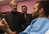 عیادت لاریجانی از مجروحان حمله تروریستی مجلس