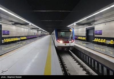 تلاش برای رفع مشکلات خط 7 مترو بدون توقف فعالیت