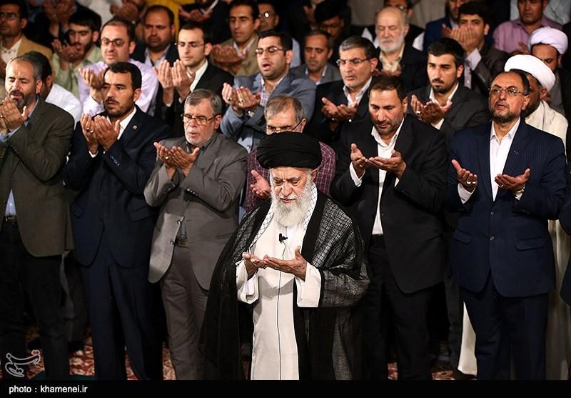 دیدار جمعی از شاعران و اهالی فرهنگ و ادب با رهبر معظم انقلاب