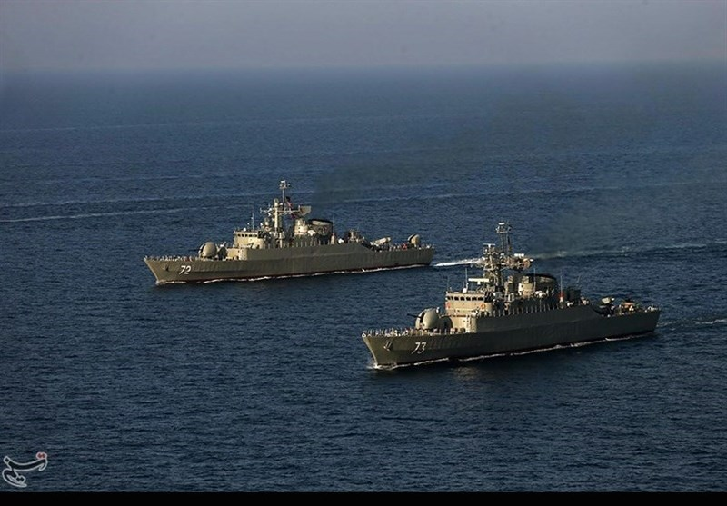 ایرانی بحریہ اپنے 2 جنگی بیڑے عمان کے سواحل پر تعینات کریگی