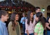 بشار اسد در مراسم افطار با خانواده شهدای ارتش سوریه+تصاویر