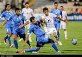 انصاریان: خیابانی با گزارش عجیبش شادی ما را بیشتر کرد!/ باید به فکر صعود به مرحله دوم جام جهانی باشیم