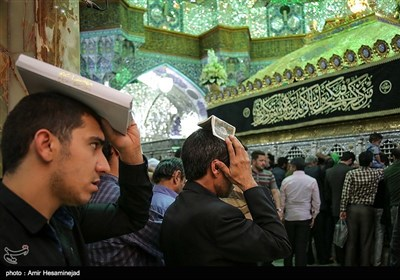 People Mark Laylat al-Qadr in Hazrat Masoumeh's Holy Shrine