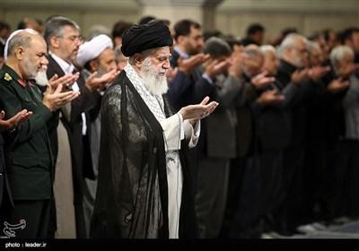 مراسم عزاء أمیر المؤمنین علی بن أبی طالب (ع) بحضور قائد الثورة الإسلامیة