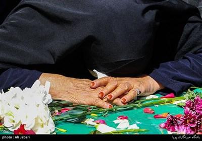 نماهنگ | زیر بار منّت شهیدان