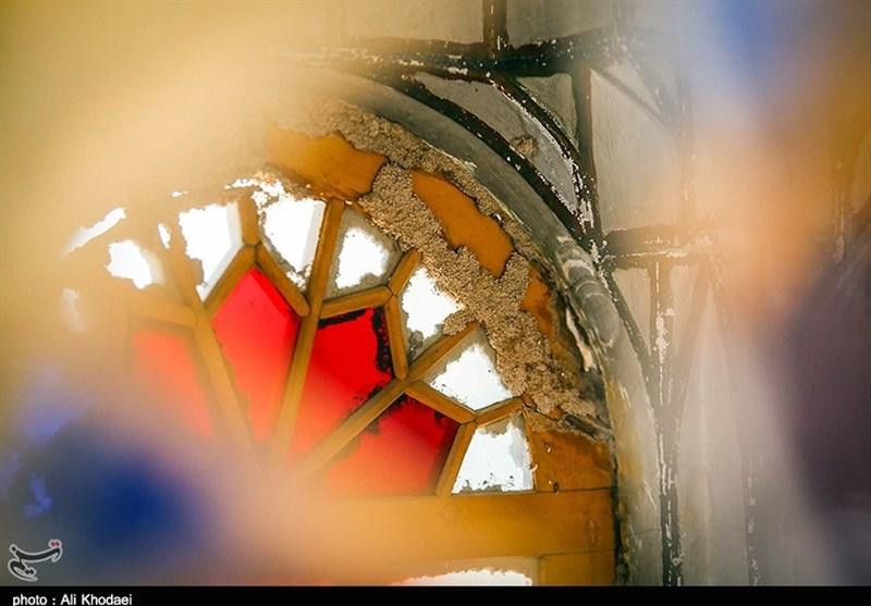 آسیب های موریانه به بنای امامزاده احمد اصفهان