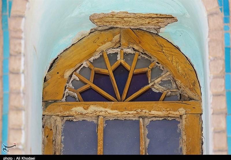 هجوم موریانهها به بنای تاریخی امامزاده احمد اصفهان
