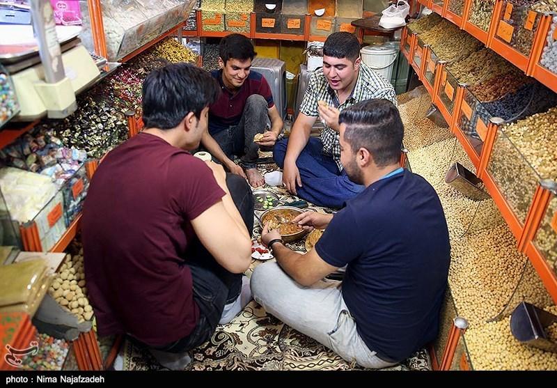 افطار در خیابان های مشهد