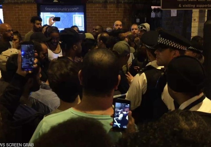 حمله با خودرو به نمازگزاران مسجدی در لندن+تصاویر