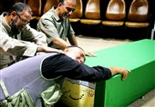 وداع با پیکر 2 شهید فاطمیون با حضور سردار باقرزاده +عکس