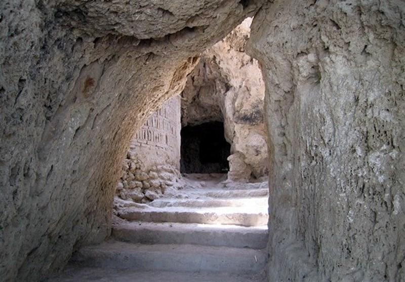 «غار رئیس» نیاسر کاشان؛ نادرترین غار مصنوعی در جهان+تصاویر و فیلم
