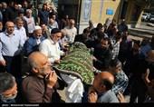 مراسم تشییع پیکر مادر شهید حق طلب برگزار شد+ تصاویر
