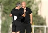 منصوریان: از حضور در ارمنستان خوشحالم اما برای فوتبال ایران ناراحت/ استقلال در تهران دغدغه زمین دارد