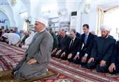 الأسد یؤدی صلاة عید الفطر فی مدینة حماه شمال سوریا + صور وفیدیو