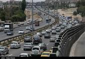ترافیک نیمه سنگین در محورهای استان قم/ورود 385 هزار خودرو به قم