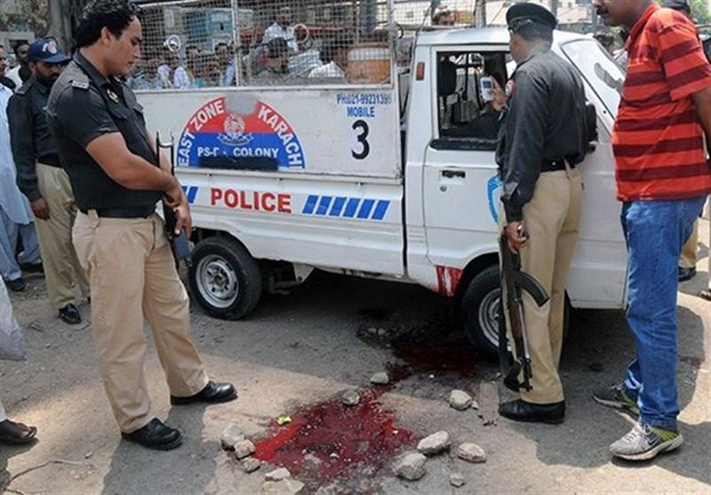 پولیس پر حملہ