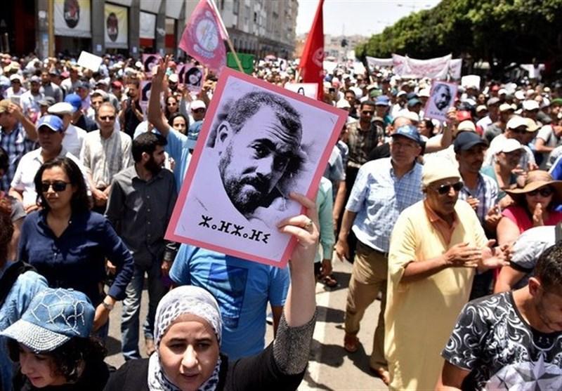 إصابة العشرات باشتباکات بین الأمن ومتظاهرین فی المغرب