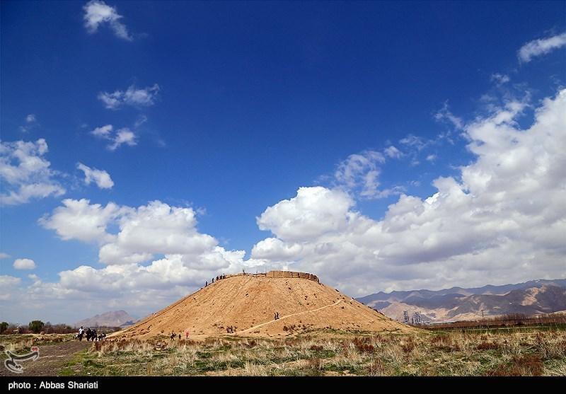Ozbaki Hill in Iran's Alborz - Tourism news