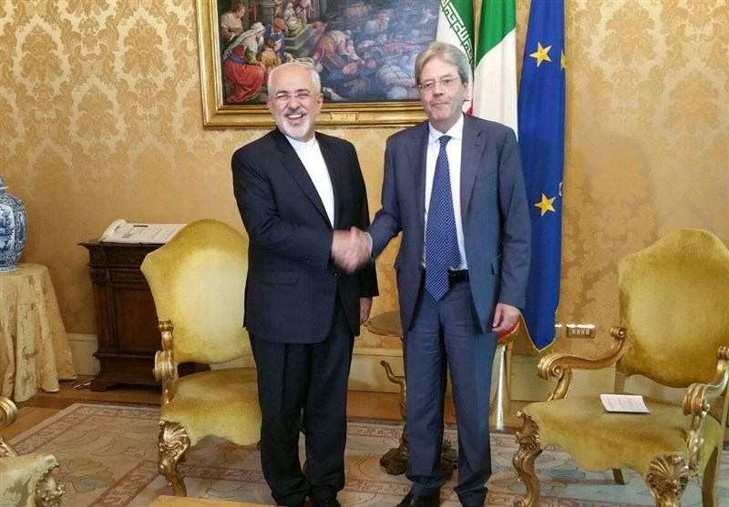 Iran's FM Holds Talks with Top Italian Officials in Rome
