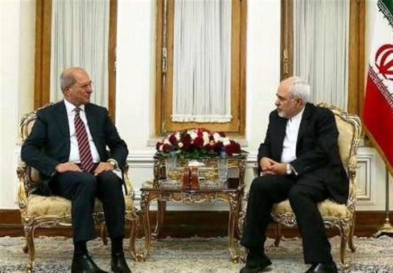 ظریف: ایران من ضحایا استخدام السلاح الکیمیائی
