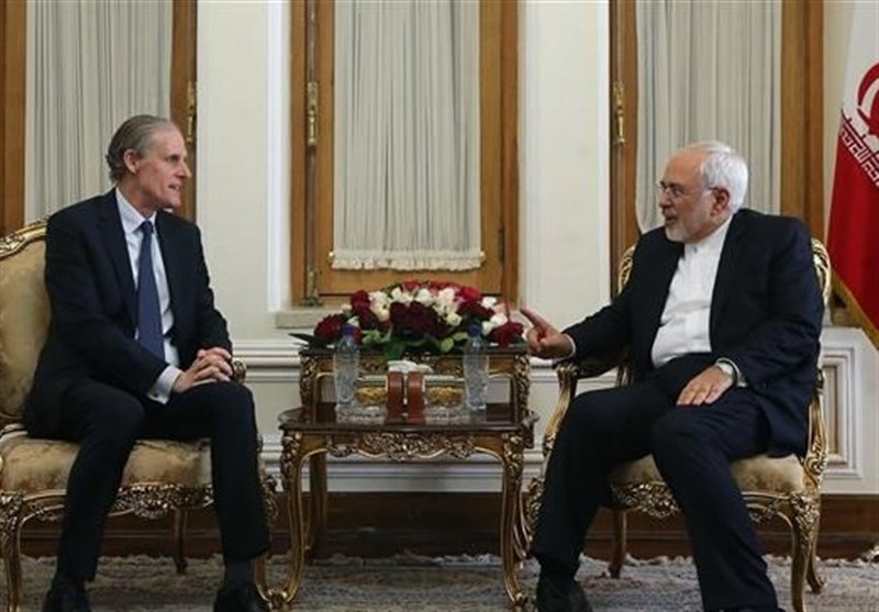 Iran to Embrace French Initiative for Peace in Syria