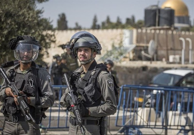 İşgalcı İsrail Güçleri 17, Mahmud Abbas Güçleri de 2 Filistinliyi Gözaltına Aldı