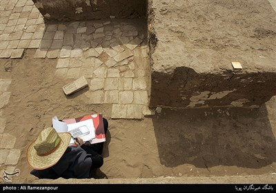 ماجرای کشف ماسک کوچک طلایی در غرب ایران