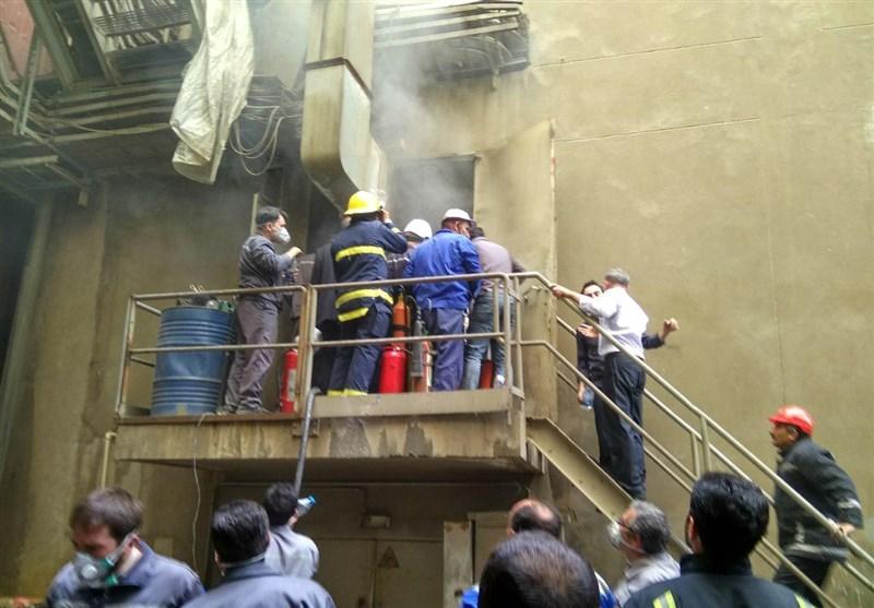 """اطفاء حریق """"تجهیزات الکترونیکی"""" اتاق کنترل نیروگاه حرارتی تبریز با خاموشکنندههای دستی+ تصاویر"""