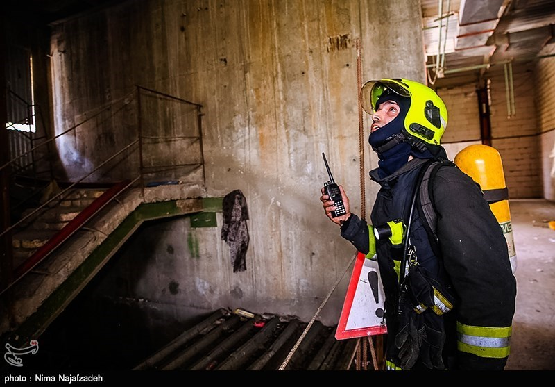 سقوط وحشتناک 2کارگر جوان در چاهک آسانسور + تصاویر
