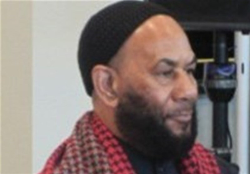 Los Angeles Mosque Prayers Leader in FBI Custody for Hours