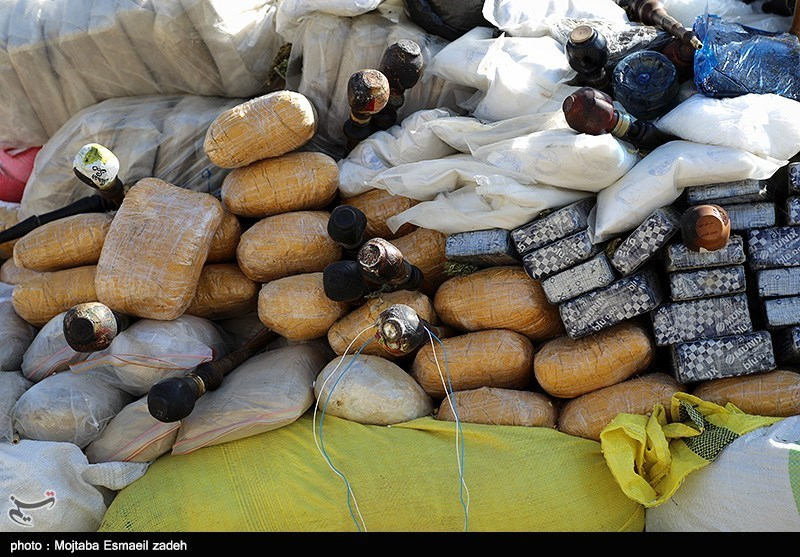 Iranian Police Seize over 1,500 kg of Illicit Drugs in Central Province