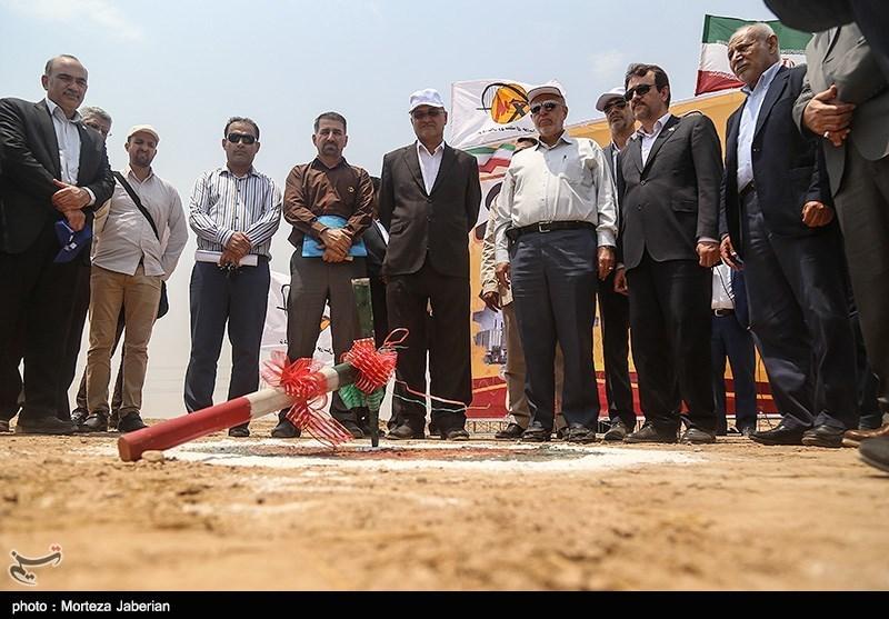کلنگ ساخت سد بهمنشیر توسط وزیر نیرو به زمین زده شد