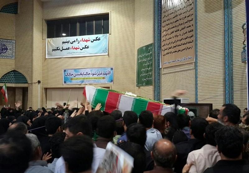 وداع پرشور مردم مازندران با پیکر شهید مدافع حرم «اسدی»